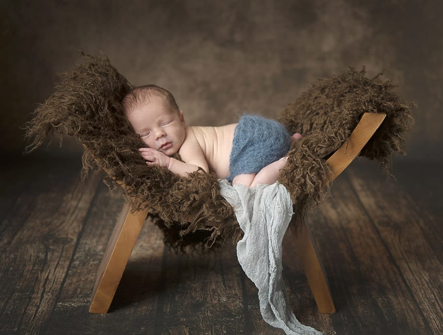 new-born-photos-twofrontteeth02